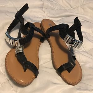 NEW cute faux snakeskin sandals